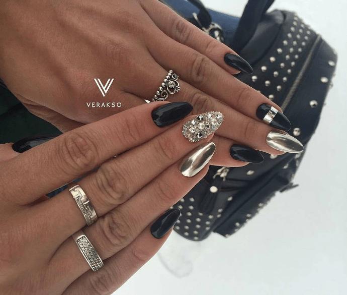 image20 | Модно и дорого: 25 идей роскошного ногтевого дизайна