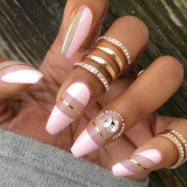 image21-14 | Красивые ногти с украшениями на весну-лето 2018