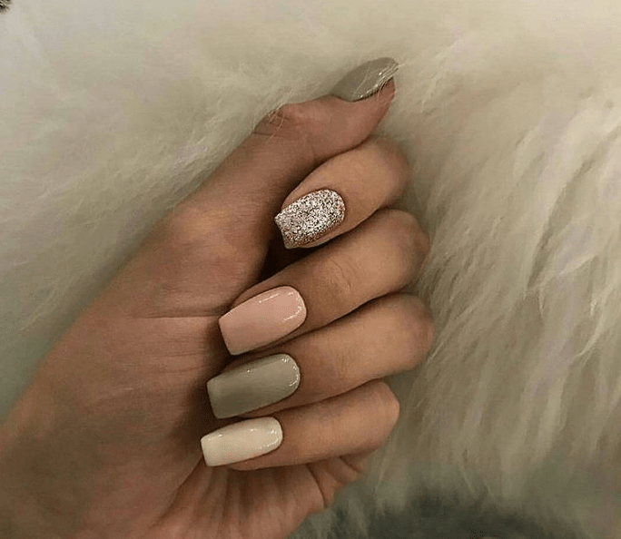 image21 | Модно и дорого: 25 идей роскошного ногтевого дизайна