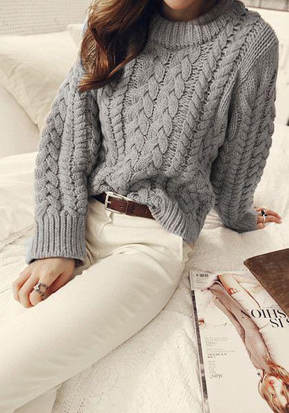 image3-74 | Будь в тренде: 7 моделей теплых свитеров, в которых уютно в любые холода!