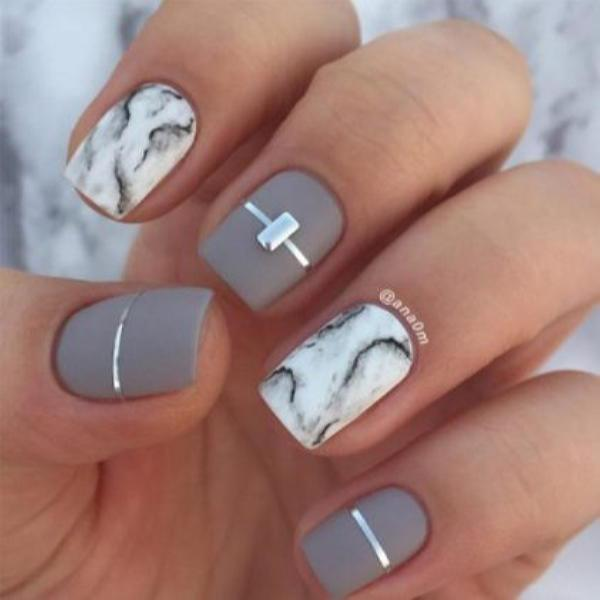image37-1 | Красивые ногти с украшениями на весну-лето 2018