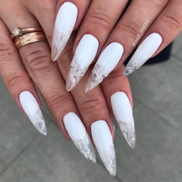 image39-1 | Красивые ногти с украшениями на весну-лето 2018