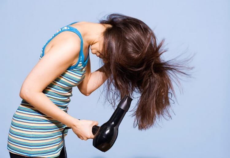 image11-74 | 17 хитростей, которые помогут сделать ваши волосы гуще