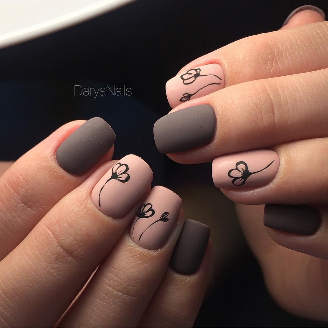 image20-55 | Прекрасные идеи маникюра на квадратные ногти