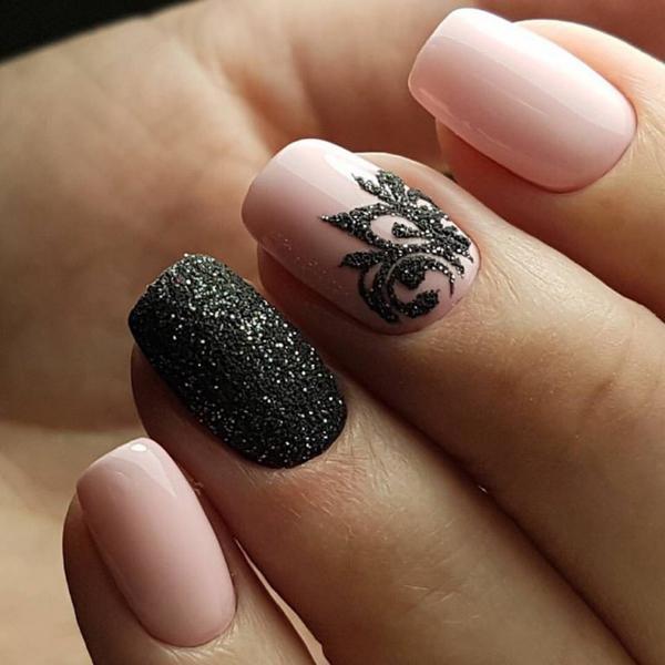 image3-114   Модный маникюр с дизайном на короткие ногти