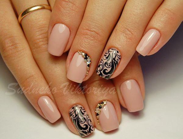 image8-72   Модный маникюр с дизайном на короткие ногти