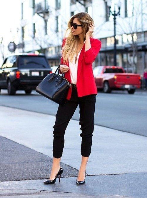 image15-61   8 стильных образов с черными брюками: модные тенденции весны 2018