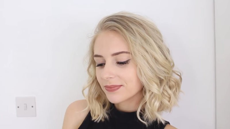 image16-15 | 10 лёгких причёсок для коротких и средних волос на каждый день