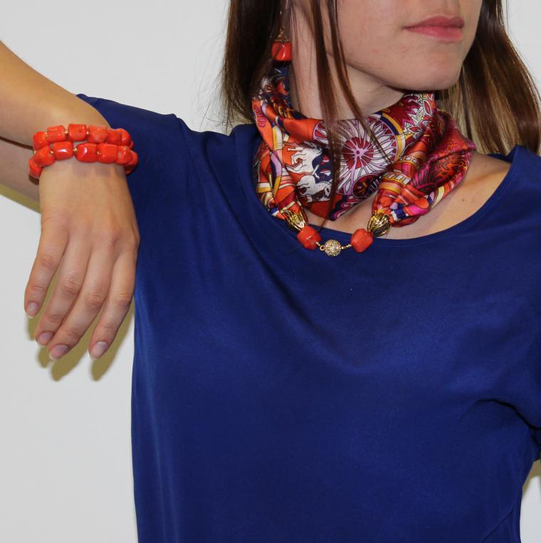 image2-27 | 24 оригинальные идеи, как превратить обычный шарф в колье