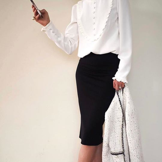 image5-42 | Утонченная элегантность — костюмы из юбки и жакета