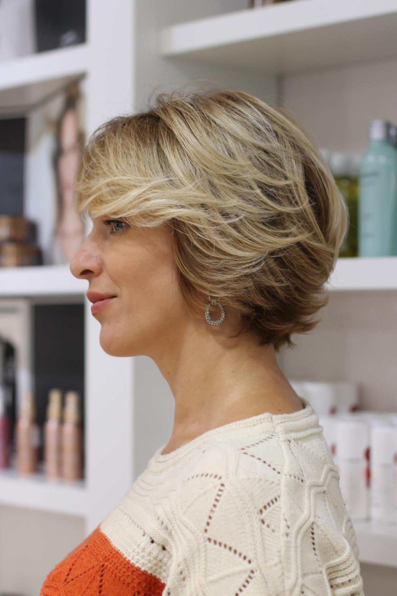 image58-2   Брондирование волос: описание, виды, техника выполнения для любой длины и цвета волос