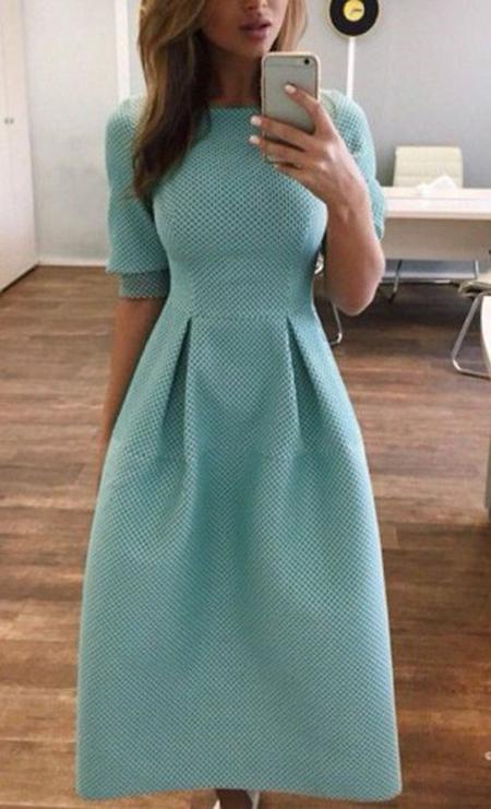 image9-26 | 9 стильных и модных платьев-миди 2018