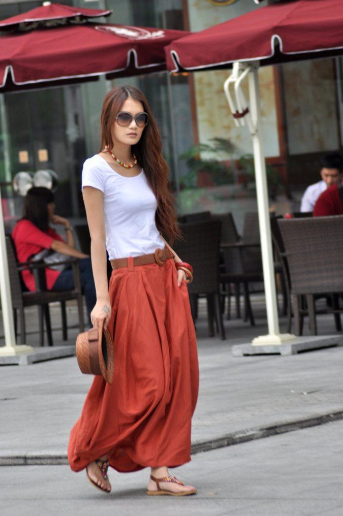 maxi-skirt-women-summer-outfit-675x1016 | 10 прекрасных идей нарядов весны и лета 2018