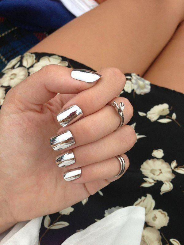 metallic-nails-4 | Тренды маникюра: ногти-металлик