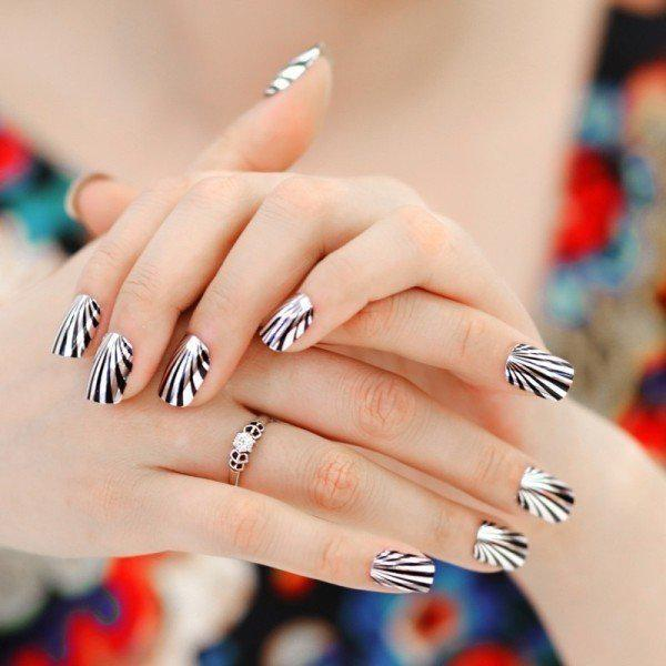 metallic-nails-8 | Тренды маникюра: ногти-металлик