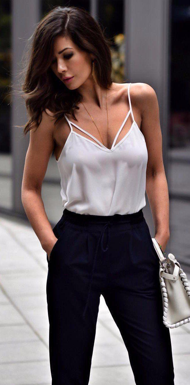 silky-bra-and-high-waist-pants-women-summer-outfit | 10 прекрасных идей нарядов весны и лета 2018