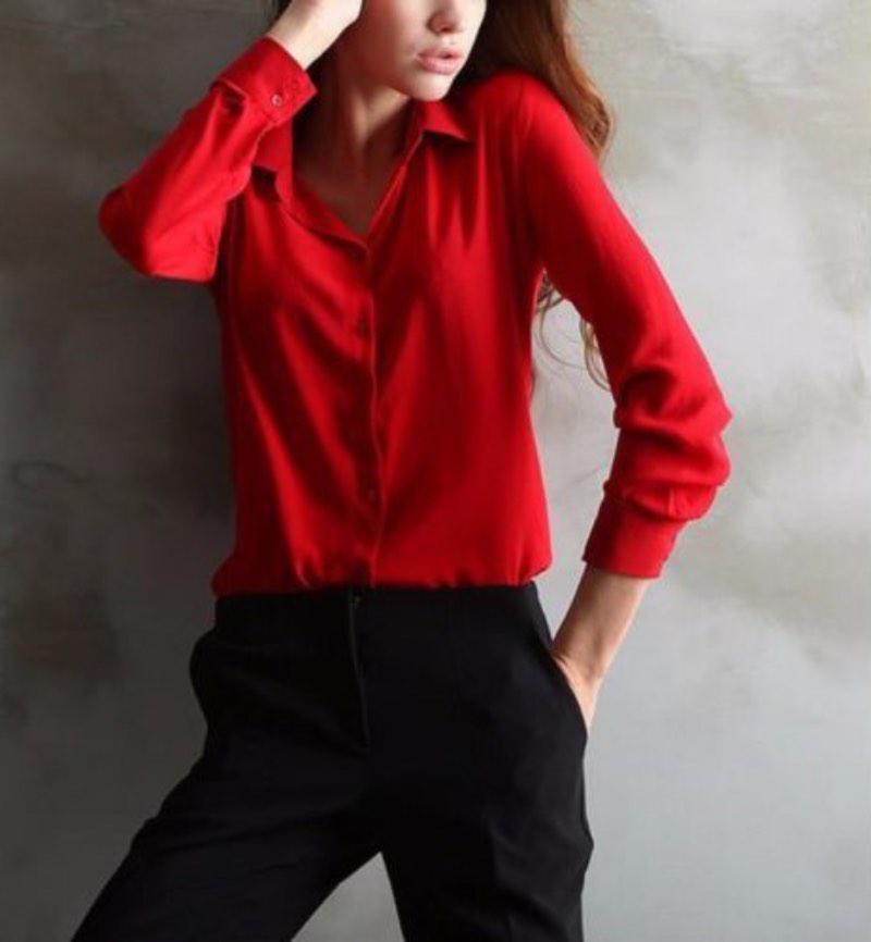 image7-4 | Как стильно носить красные блузки и рубашки летом и осенью 2018: 20 стильных идей