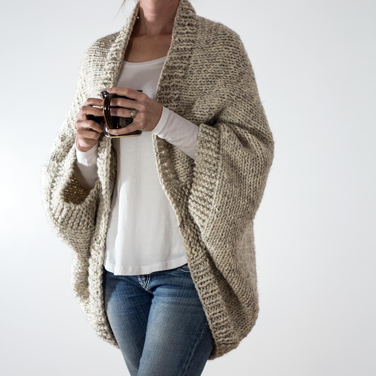 image8-8 | 15 модных зимних свитеров сезона 2018–2019