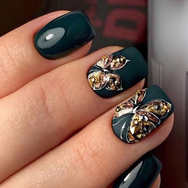image11-28 | Идеи маникюра с бабочками на короткие ногти