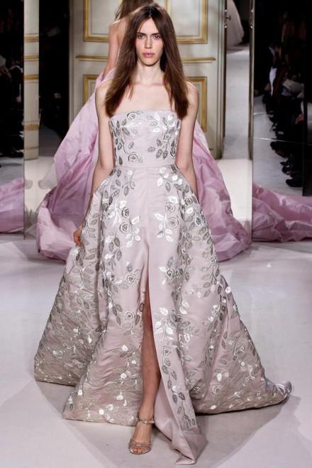 image14-8 | Летние платья с цветочным принтом: тренды 2019 года от известных домов моды