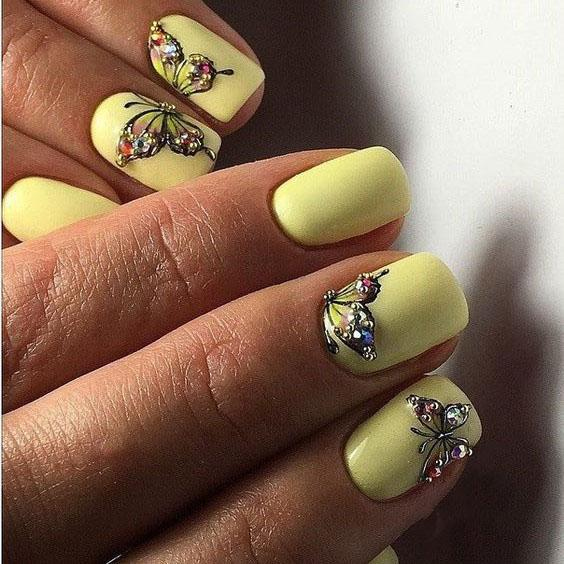 image15-25 | Идеи маникюра с бабочками на короткие ногти