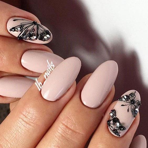 image16-24 | Идеи маникюра с бабочками на короткие ногти