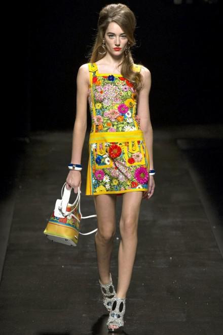 image2-10 | Летние платья с цветочным принтом: тренды 2019 года от известных домов моды