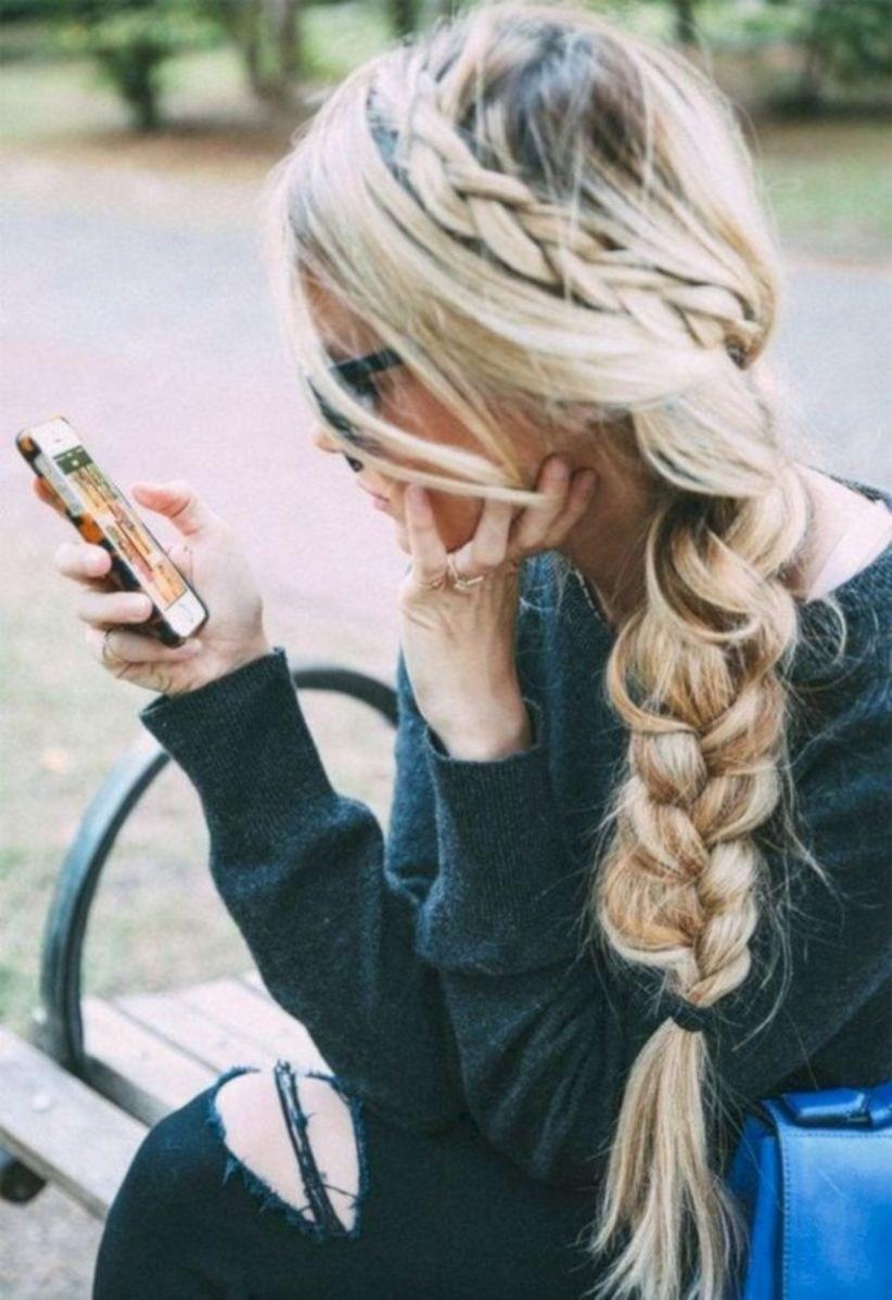 image8-30 | Back to School: 37 идей для причесок с косами