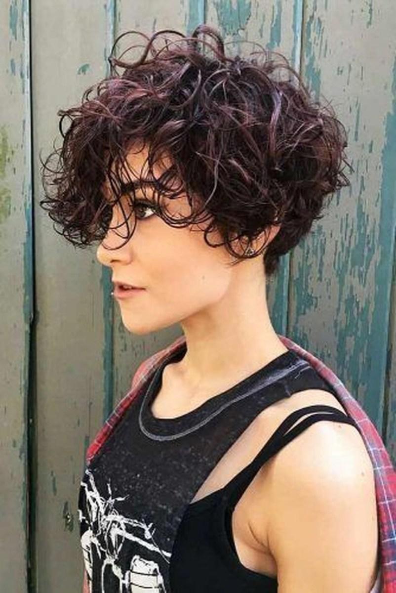 image13-2 | Современные стрижки и прически на вьющиеся волосы