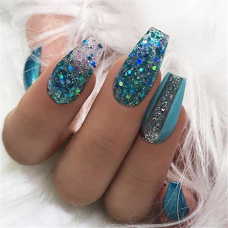 image14-3 | Ультрамодный маникюр с блестками на длинные ногти