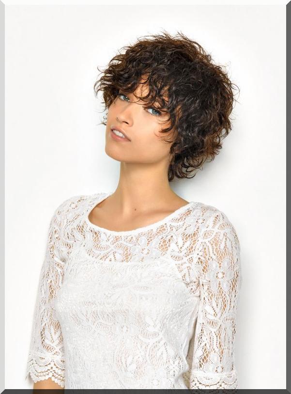 image15-32 | Ультракороткие стрижки для женщин 40+