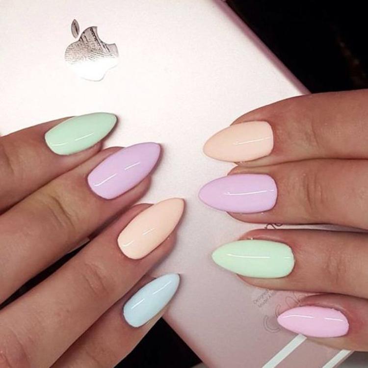 image26-20   34 идеи разноцветного маникюра — радуга на кончиках ваших пальцев