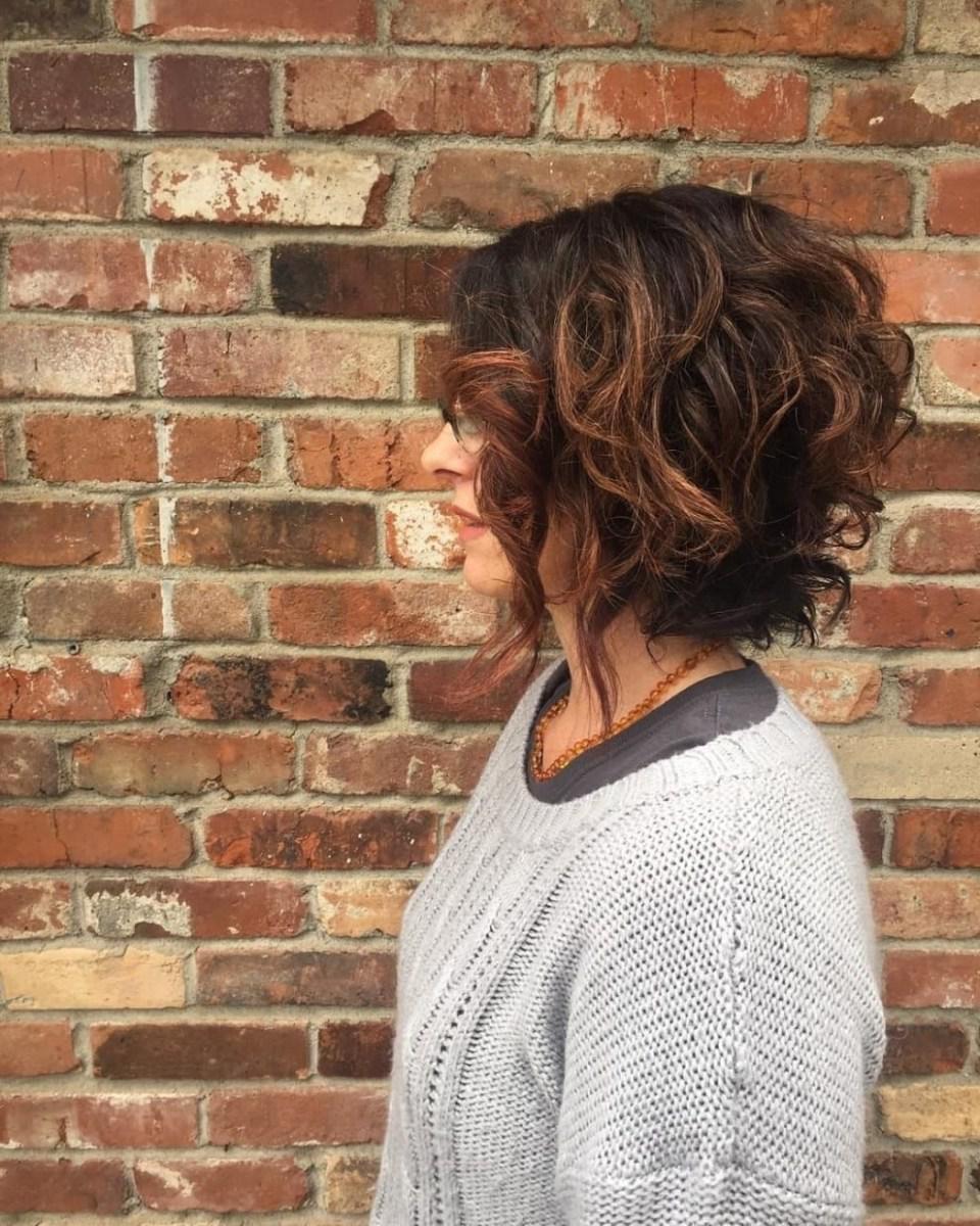 image36-2 | Современные стрижки и прически на вьющиеся волосы