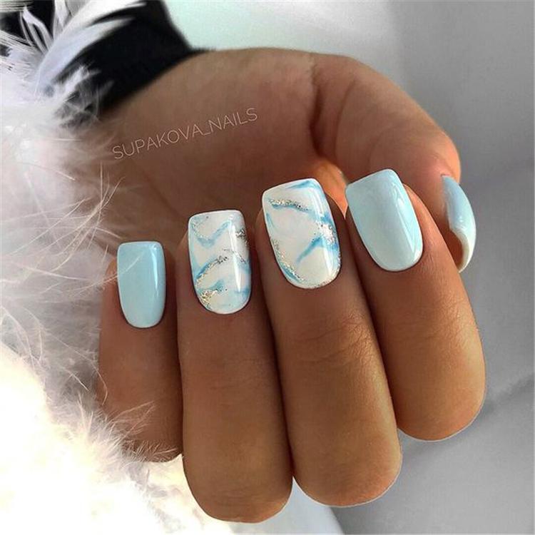 image4-6 | Нежно-голубой маникюр на короткие квадратные ногти