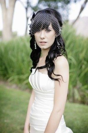 image8-17   Прически на длинные волосы с короткой челкой