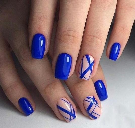 image14-6 | 37 идей синего маникюра на ногти разной формы и длины — найди лучшее решение