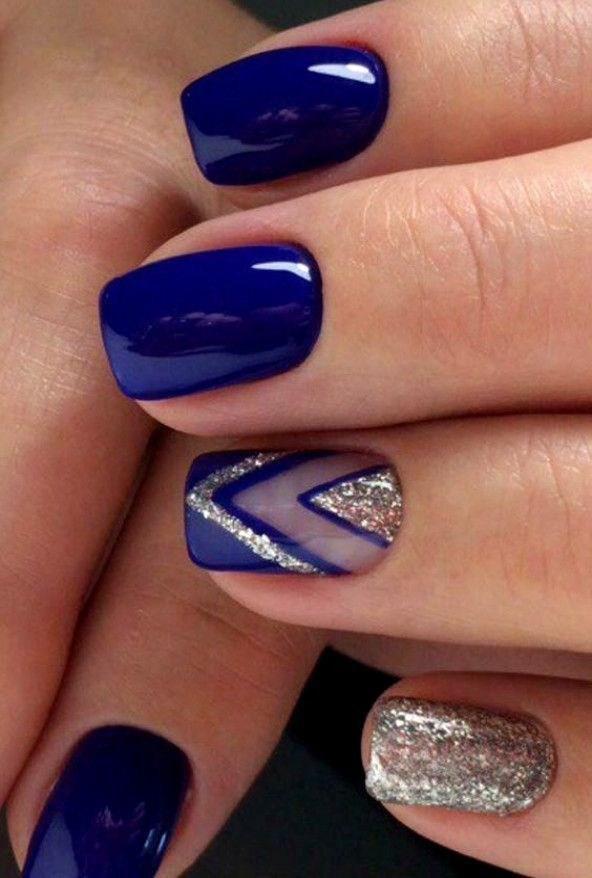 image22-6 | 37 идей синего маникюра на ногти разной формы и длины — найди лучшее решение