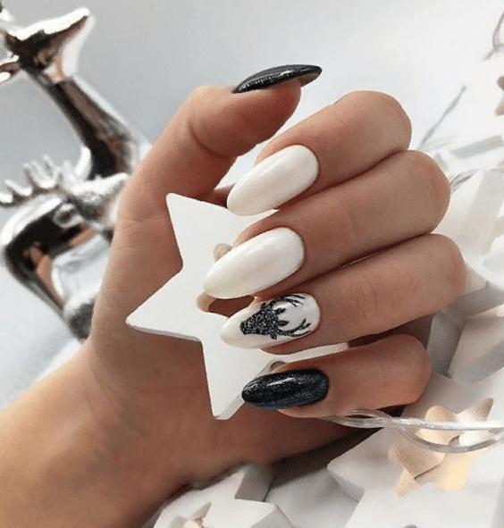 image29-4 | 38 идей матового маникюра на миндалевидные ногти