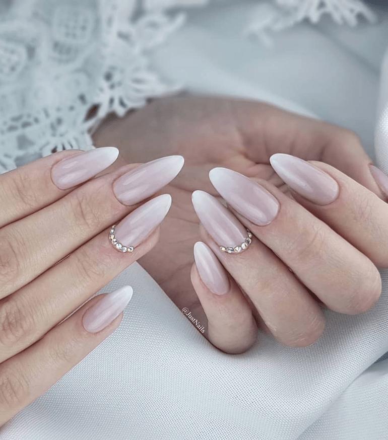 image35-2 | Модные идеи дизайна на овальные ногти