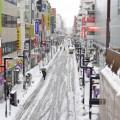 大雪で通勤電車が遅延