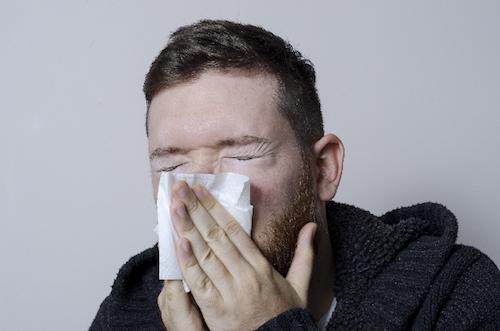 ストレートネック解消枕は鼻炎に効くとも言われている