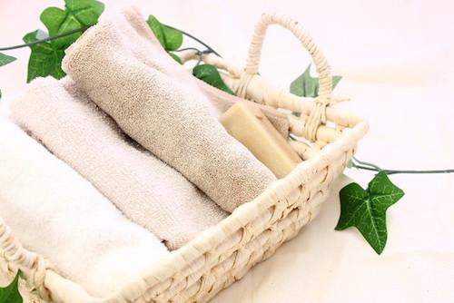 YOKONE(ヨコネ)はタオルを敷くと良い