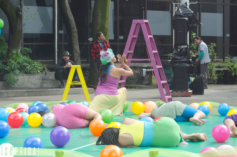 end-2016-la-bola-coreografia-irene-martinez-grupo-mandinga-plaza-angel-salas-ccb-fotografia-gloria-minauro_2067p