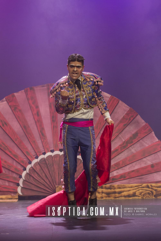 Olé,  en el II Festival Internacional Escenarios Suspendidos