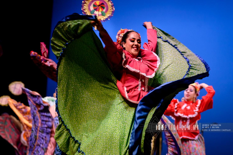 MexicoVivo_DANZAUNAM_Foto-GerardoCastillo_isoptica__GER_2784