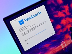 Windows 11 Performs Great on foldable Touch-Screen Devices – Easy Guide
