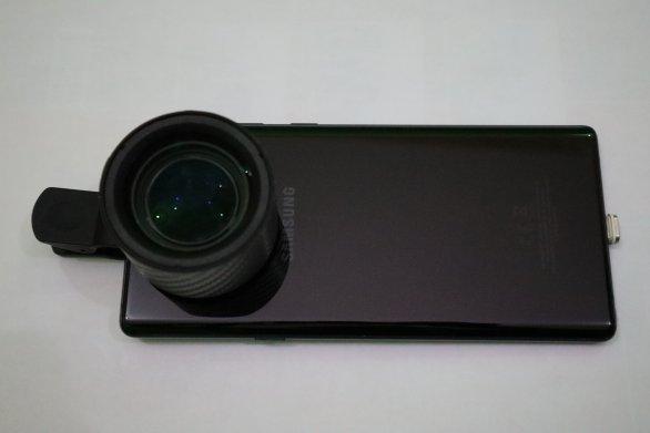 Alat untuk fotografi makro, hp dan lensbong