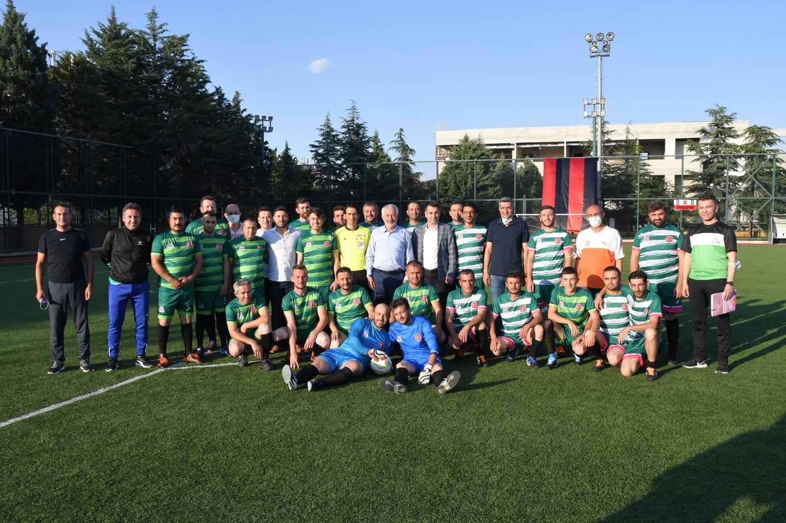 Isparta Belediyesi'nde futbol turnuvası