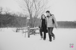 Winter-Engagement-Photography-001
