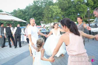Outdoor-Lake-Wedding-Photography-057